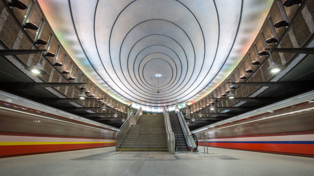 Design meets Photography: Metro Station at Plac Wilsona