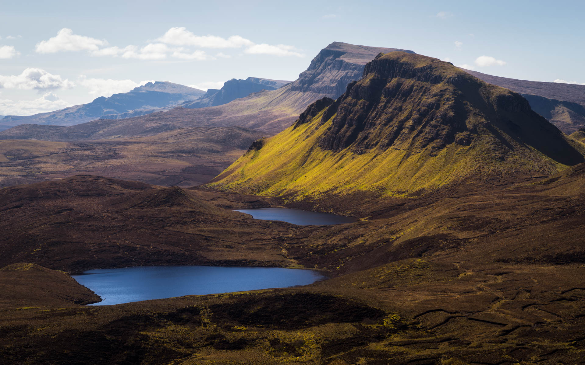 Blue Sky over the Quiraing Mountains - Isle of Skye Photo Spot
