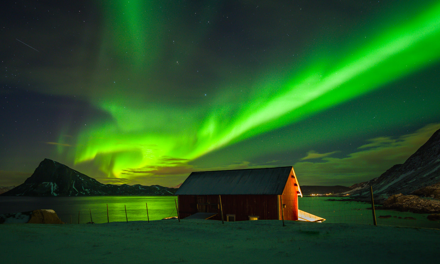 Exploson of Northern Lights near Leknes at Lofoten Islands